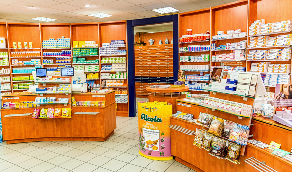 Innenansicht Center Apotheke in Walldorf